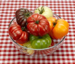 Польза помидоров для женщин